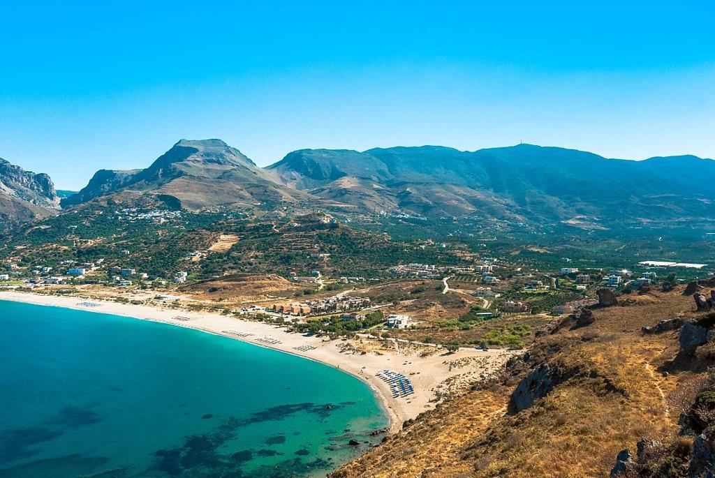 Пляжный сезон на Крите