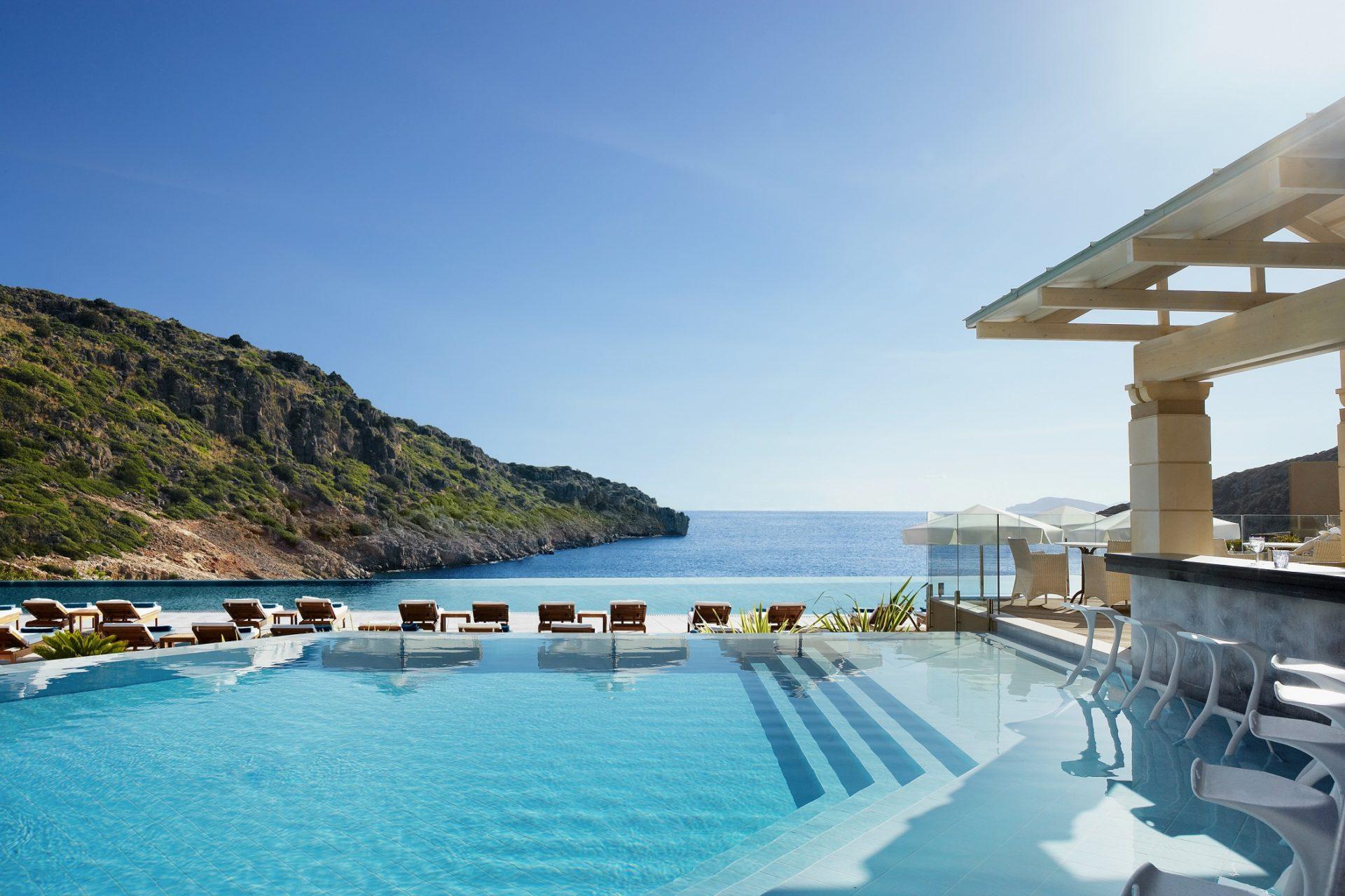 Отдых на высшем уровне! Daios Cove представляет новый сервис Residents' Club