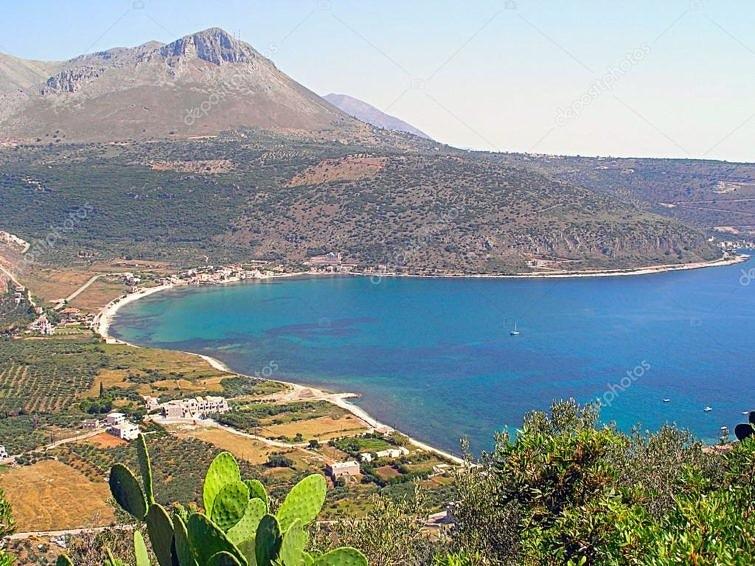 Залив Месиниакос в Месинии