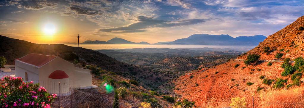 Теплый закат на Крите
