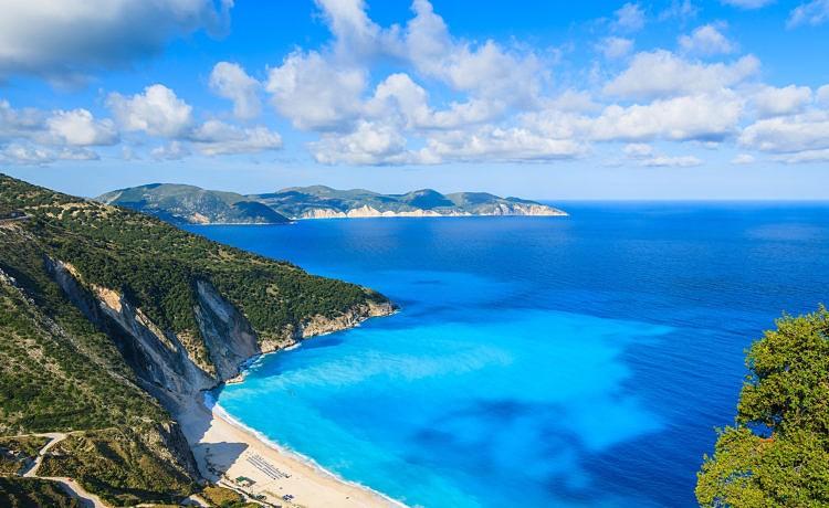 Кефалония – красочный остров Греции