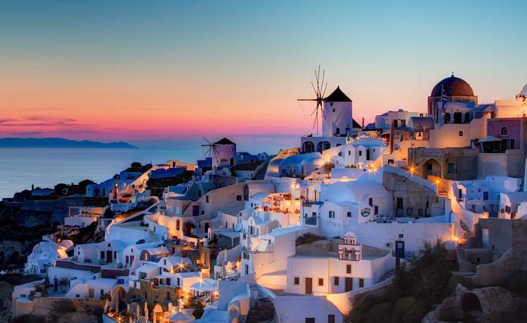Санторини: иконический остров и греческая гордость