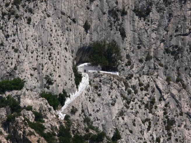 Пещера Пифагора 2