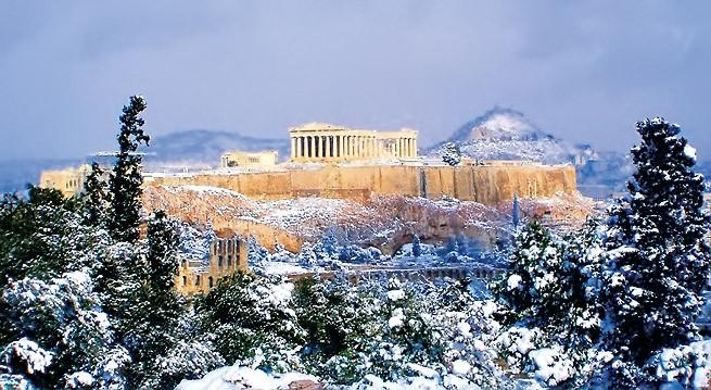 Акрополь зимой