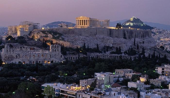 Афины – самый доступный город в Европе