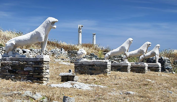 статуи острова Делос