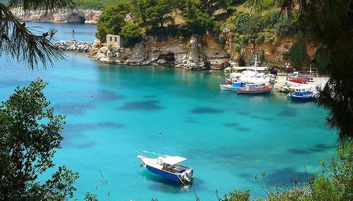 картинка фотография курорта Алонисос, остров в Греции
