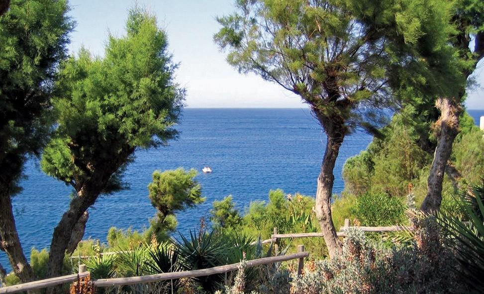 Спокойный отдых на Крите: курорт Агия Пелагия