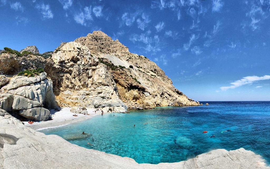 остров Икария в Греции 2