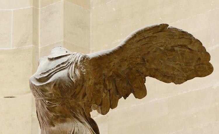Лувр дал Греции согласие на создание копии Ники Самофракийской