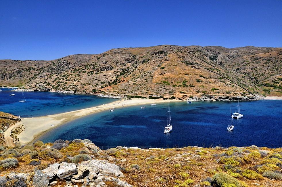 Кифнос: пляжи и достопримечательности кикладского острова