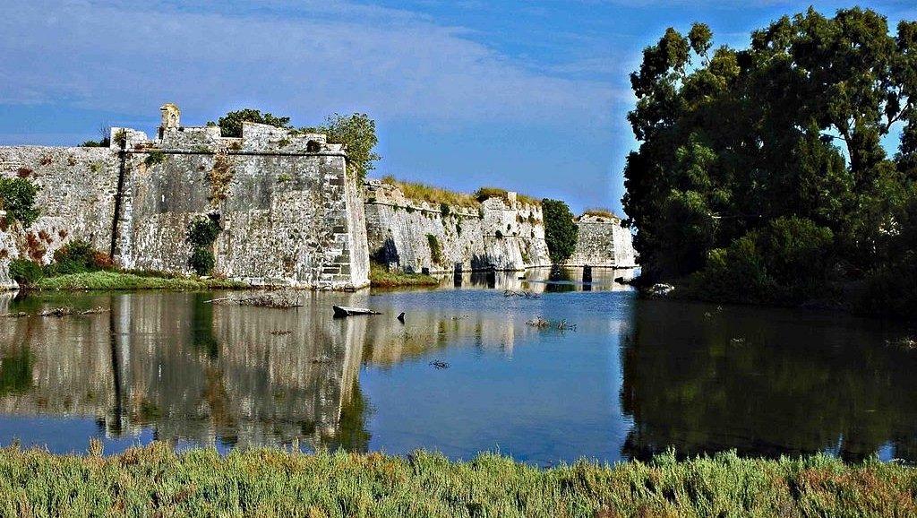 замок Айя-Мавра