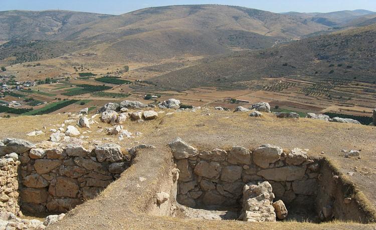 В Греции найдены части Микенского трона