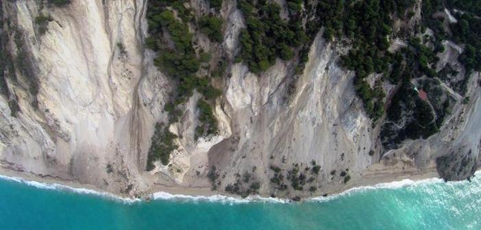 Знаменитый пляж Эргемни уничтожен землетрясением