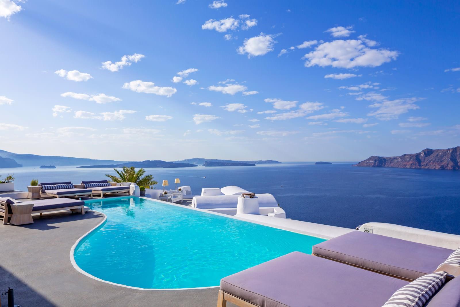 Греческий отель на втором месте среди самых необычных отелей