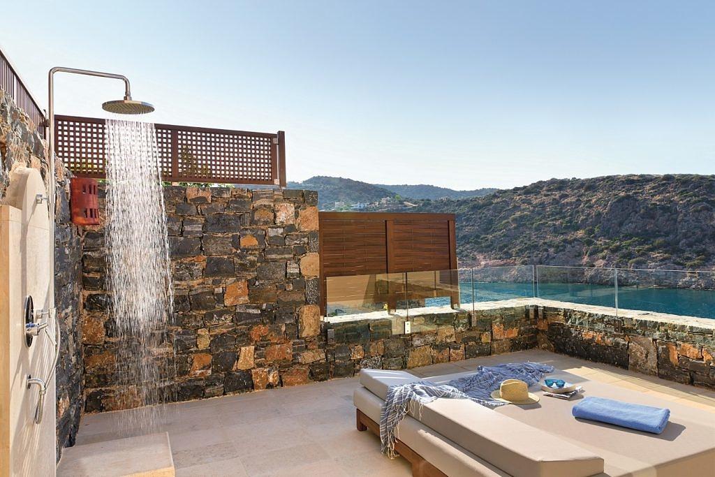 Идеальная осень на Крите в отеле Daios Cove Luxury Resort & Villas