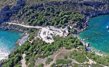 Пляж Энтони Куинн с высоты птичьего полета (видео)