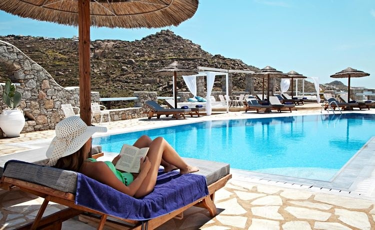5 книг, которые нужно прочитать перед поездкой в Грецию