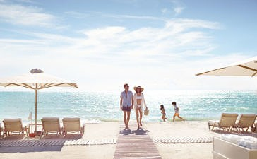 Sani Resort: лето продолжается с выгодой до 30%