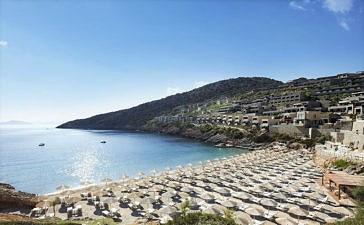 Daios Cove Luxury Resort & Villas дарит Вам жаркие комплименты