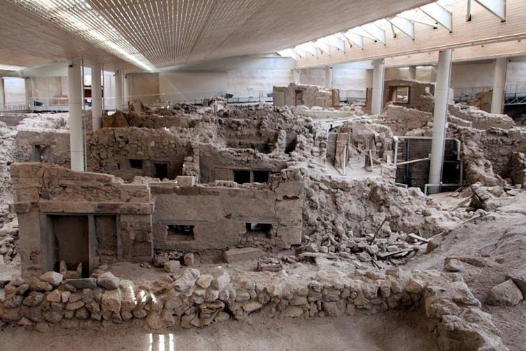 Археологические раскопки Санторини