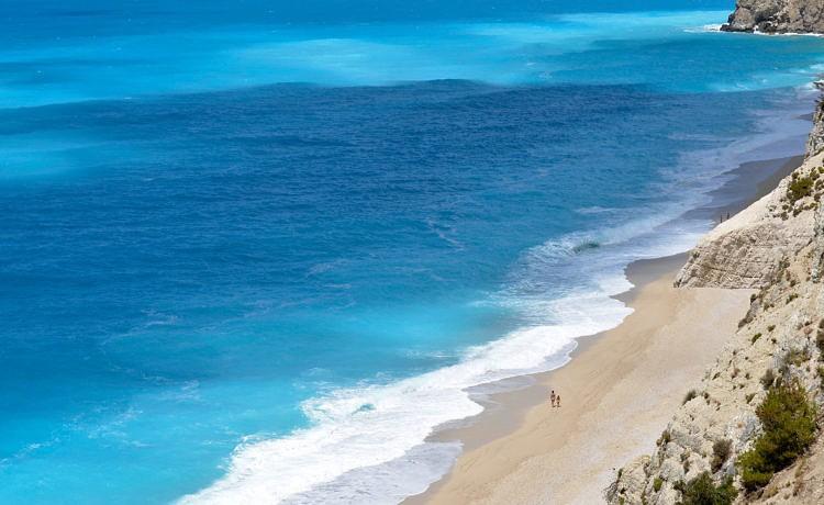 Какое море холоднее: Ионическое или Эгейское