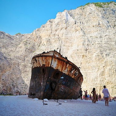 Бухта Навагио: история самого узнаваемого в Греции пляжа