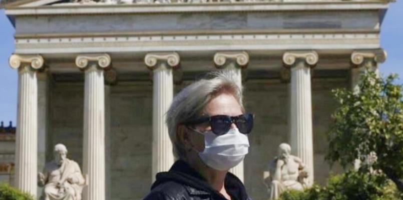 В Греции комендантский час и маски от Коронавируса