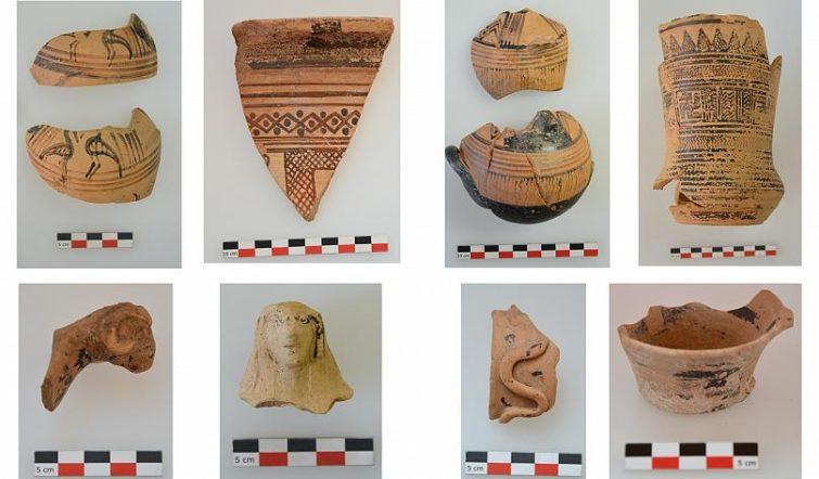 Надписи и артефакты