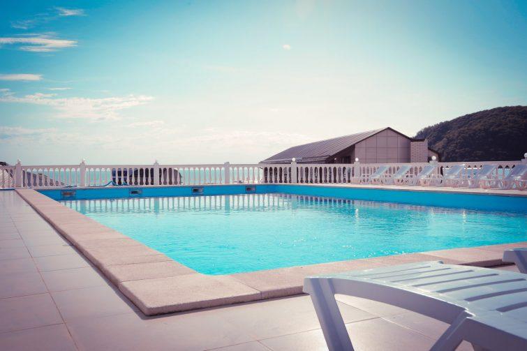 Правила выбора отеля для отдыха у моря: критерии оценки