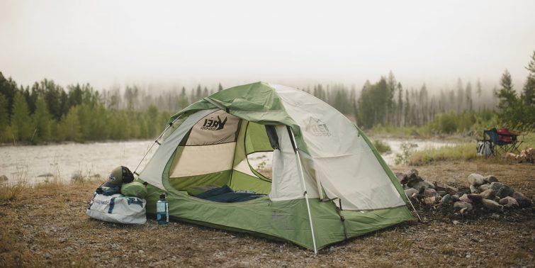 Палатка для туристической поездки — какую выбрать?